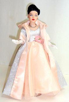 "Grand Entrance Tiny Kitty Tonner 10"" Doll Bending Wrists Garden Club Luncheon | eBay"