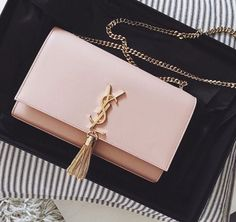 89bd995ab17d 2019的24 張最棒的 YSL Kate Chain Tassel Wallet   Medium Satchel 圖片 ...
