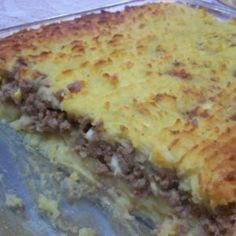 Pastel De Papa Potatoe And Ground Beef Pie Recipe - Genius Kitchen Pie Recipes, Cooking Recipes, Easy Recipes, Argentine Recipes, Argentina Food, Beef Pies, Good Food, Yummy Food, Tasty Dishes
