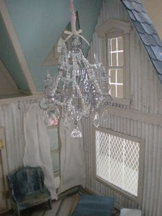 Cinderella Moments: Dream Cottage Dollhouse