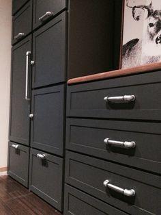 Meuble de rangement Poignées en tuyaux Filing Cabinet, Dresser, Storage, Furniture, Home Decor, Pipes, Homemade Home Decor, Lowboy, Binder