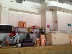 http://www.alexischeong.com/2013/10/lunchtime-bravery-cafe-at-66-horne-road.html