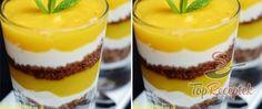 Gyümölcspohár mangóval, banánnal, joghurttal és keksszel