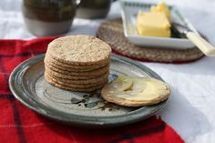 These basic and versatile oatcakes are easy to make and can be enjoyed as a snack, with meat or vegetable dishes, or just simply with a little honey for breakfast.
