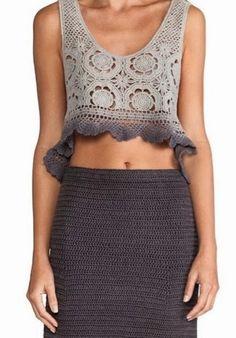 Pretta Crochê: Conjunto de Crochet - simple crocheted skirt with matching cropped lacy top Crochet Pants, Crochet Skirts, Crochet Crop Top, Crochet Blouse, Crochet Clothes, Crochet Sweaters, Moda Crochet, Bikinis Crochet, Crochet Woman