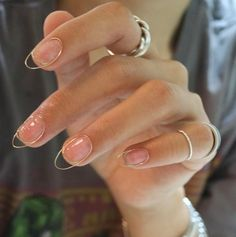 The Cool New Korean Nail Trend That Will Never Chip Hailing from Korea, this wirework nail art trend is set to be big beauty news in Trust us, you'll want to give this a try at home Korean Nail Art, Korean Nails, Cute Nails, Pretty Nails, Hair And Nails, My Nails, Ongles Forts, Work Nails, Nagel Hacks