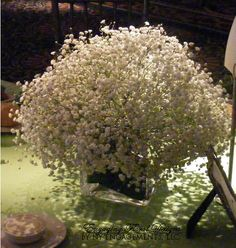 baby's breath centerpiece for round tables