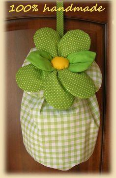 Sacchetto porta buste che in occasione della Pasqua si  trasforma in custodia per uova di pasqua