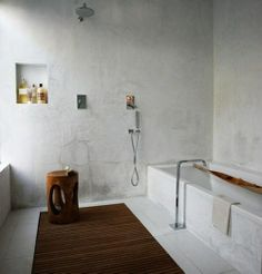 Michaela Scherrer Built-in Bathtub, Remodelista Modern Bathroom Design, Bathroom Interior Design, Interior Modern, Bathroom Designs, Bathroom Ideas, Bad Inspiration, Bathroom Inspiration, Built In Bathtub, Concrete Bathroom