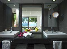 Μπάνιο με θέα στο ξενοδοχείο White Rocks