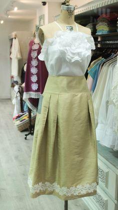 Una combinación perfecta para resaltar la elegancia  #GriseldaTovar #Moda #Mujeres #LeTempsDesFleur #TiempoDeFlores