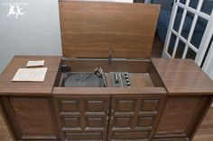 Old House Crazy - DIY - Restore an Old Stereo Console - 02