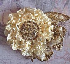 Large Cream White Millinery Flower Applique por RibbonAndBeadworks, $78.00