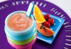 Vitaminas de frutas nutritivas e deliciosas para os pequenos. #suquinho #vitamina Acerola, Baby Food Recipes, Kids Meals, Cantaloupe, Low Carb, Pudding, Fruit, Tableware, Health