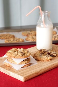 chewy oatmeal cowboy cookies with graham crackers, walnuts, coconut, and chocolate chips