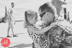 Happy Veteran's Day! Daddy's HOME! doubleknotphotography.com/blog