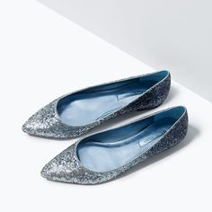 Ombre glitter flats! GLITTER POINTED BALLET FLATS from Zara