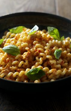 Try Nigella's classic Sicilian pasta with almond and tomato pesto and you'll never be tempted by readymade again.