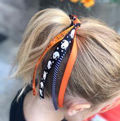 Items similar to Halloween Ribbon Ponies - Halloween Hair Tie - Halloween Hair Accessory - Ribbon Hair Ponies - Ribbon for Hair - Halloween Hair Pony on Etsy Halloween Hair Clips, Halloween Ribbon, Halloween Birthday, Halloween 2020, Bow Hair Clips, Hair Ties, Toddler Hair Clips, Handmade Hair Bows, Glitter Hair
