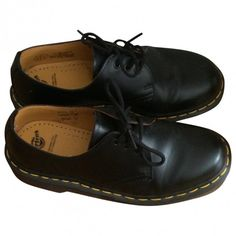 Black Leather Flats DR. MARTENS (60.390 CLP) ❤ liked on Polyvore featuring shoes, flats, oxfords, footwear, oxford flats, oxford shoes, leather shoes, flat pumps and black flats