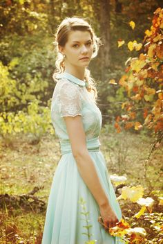 Old Soul Photography: Wendy Darling in a beautiful fall photoshoot
