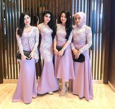 Model Kebaya Gamis Terbaru Dress Brokat Muslim, Dress Brokat Modern, Kebaya Modern Dress, Kebaya Dress, Dress Pesta, Kebaya Pink, Kebaya Hijab, Batik Kebaya, Model Kebaya Modern