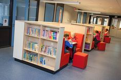 Moveable when library needs change and progress. Teen Library Space, Kids Library, School Library Displays, School Library Design, Kindergarten Design, Library Inspiration, Library Furniture, Booth Seating, Café Bar