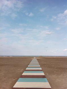 La spiaggia di Rimini in autunno. Foto di Emanuel Perico