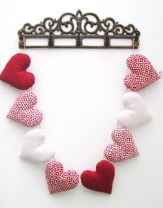Red Heart Garland - £20