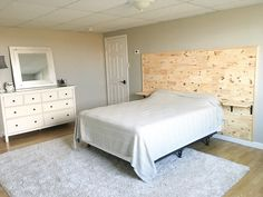 DIY wooden headboard with built in nightstands - wood headboard - floating nightstands - floating shelves