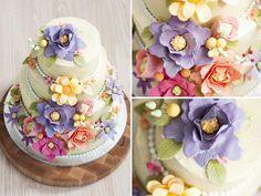 12,5 jaar getrouwd, alle bloemen zijn gemaakt van fondant