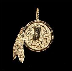 14K SOLID GOLD Washington Redskins - Michael Anthony Art Logo PENDANT 3.9 Grams Redskins Baby, Redskins Football, Washington Redskins, Washington Dc, Football Season, Art Logo, Solid Gold, Pocket Watch, Pendants