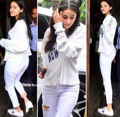 Chunky Pandey's Daughter Ananya Pandey Hot Looks Beautiful Bollywood Actress, Beautiful Indian Actress, Beautiful Actresses, Beautiful Women, Cute Celebrities, Indian Celebrities, Celebrities Fashion, Cute Mixed Girls, Bollywood Girls