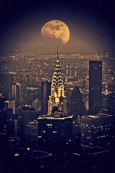 Chrysler Building, Super moon