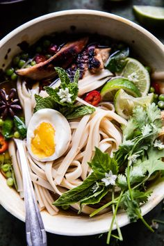 Springtime Chicken Noodle Pho - One pot, fresh, cozy and simple! Honey caramelized chicken + sweet & spicy broth, so flavorful and delish! Appetizer Recipes, Soup Recipes, Dinner Recipes, Dinner Ideas, Asian Recipes, Healthy Recipes, Ethnic Recipes, Savoury Recipes, Chicken Pho