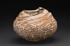 cavinmorrisgallery:  Melanie FergusonCircles In The Sand, 2014Handbuilt stoneware, sgraffito, flashing slips, oxide stains, celedon liner. Soda fired, heavy reduction11 x 12.5 x 10 inches27.9 x 31.8 x 25.4 cmMFe 25http://www.cavinmorris.com
