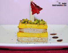 Canapé de foie gras, mango y pistachos