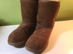 UGG Australia Tan Classic Short Boots 5251 Big Kids Girls Size 5 AS IS   | eBay