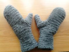 Nålebinding mittens. Oslo stitch. hand-made. 100% wool.   (Also Naalbinding/needle-binding)
