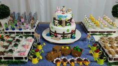 Gingerbread, Birthday Cake, Desserts, Food, Tailgate Desserts, Birthday Cakes, Meal, Ginger Beard, Dessert