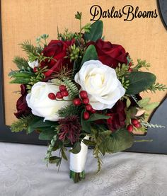 41 Super Ideas For Bridal Bouquet Peonies Red Floral Design Christmas Wedding Bouquets, Bouquet Wedding, Bridesmaid Bouquets, Bridal Bouquets, Rose Bouquet, Wedding Ceremony, Wedding Venues, Wedding Rings, Wedding Ideas