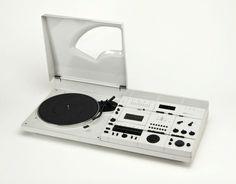 Hartmut Esslinger, Wega Concept 51 K, Radio, record player & cassette recorder, 1978 Radios, Bauhaus, Charles Ray Eames, Hi Fi System, Audio Design, Audio Room, Cassette Recorder, Record Players, Vinyl Music