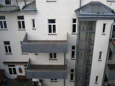 Der Architekt, der für diese Balkone verantwortlich ist.