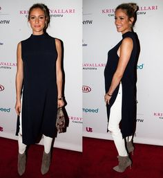 Kristin wore the boots with a chic navy tunic and white distressed skinny jeans.
