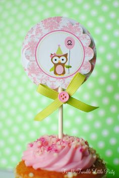 Cupcake Topper by Andressa Hara from Twinkle Twinkle Little Party