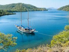 Yoga boat tour