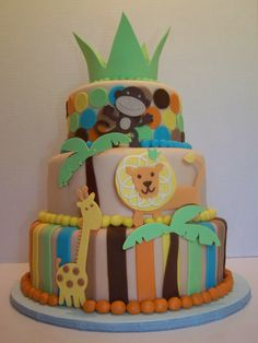 King of the Jungle www.facebook.com/AbsolutelyCake www.absolutelycake.com