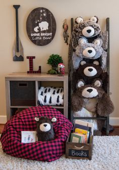 ITEM DESCRIPTION: •Large Chocolate Brown Minky Bear Rug • This Rug is extremely soft and is lined with a cotton fabric of your choice. See last picture of the 6 options •All faux fur rug with crochet muzzle and ears •Custom linings are available see custom lining listing ($30 for large