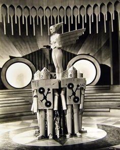 """kvetchlandia:  """"Screenshot From the Early Soviet Science Fiction Film, Yakov Protazonov's """"Aelita, Queen of Mar,"""" Moscow 1924  """""""