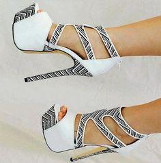 Luichiny A Byss Sexy Platform Sandal
